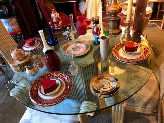 Housewares table set
